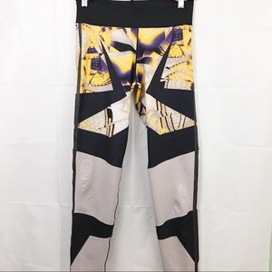 Adidas Wow Drop 1 Printed Cropped Leggings Stretch